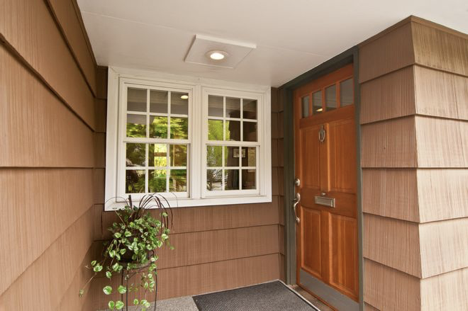 Covered or Sheltered entryway - Sheridan Interiors