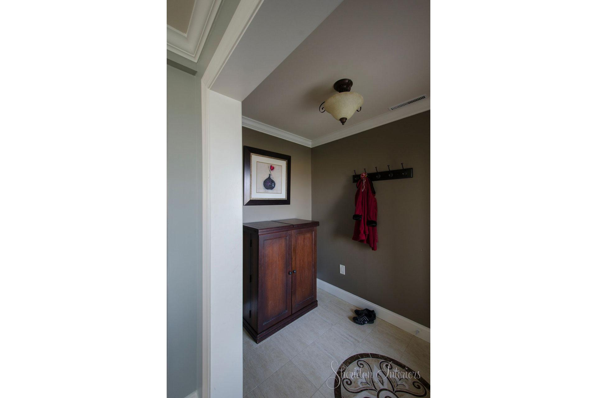Traditional Front Foyer - Sheridan Interiors
