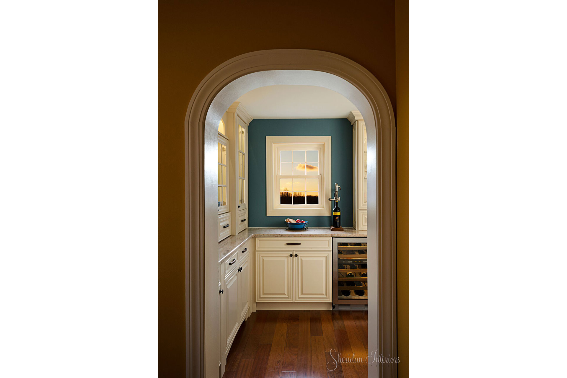 Traditional White Kitchen and Butler's Pantry - Sheridan Interiors, sheridan interiors kitchens and baths, kitchen designer cornwall, kitchen designer ottawa