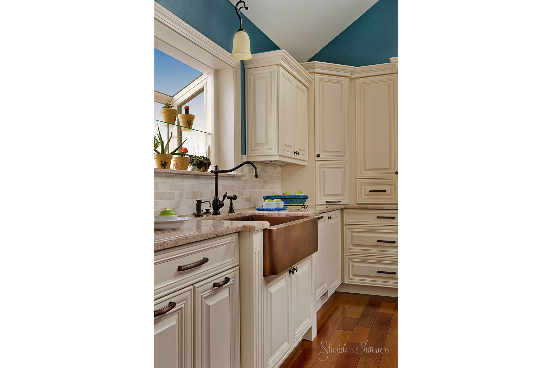 Traditional White Kitchen Copper Apron Front Sink - Sheridan Interiors